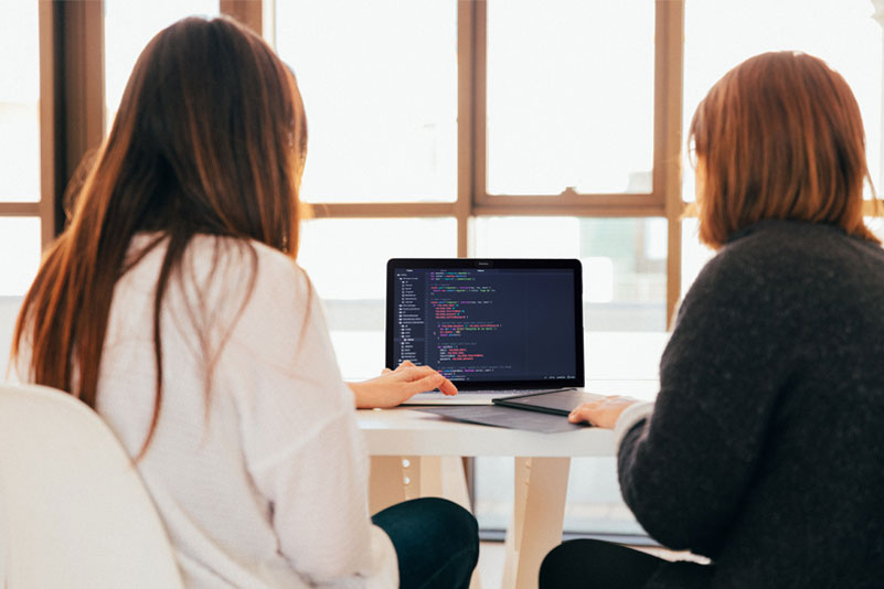 Two Heads are Better Than One: Benefits of Pair Programming